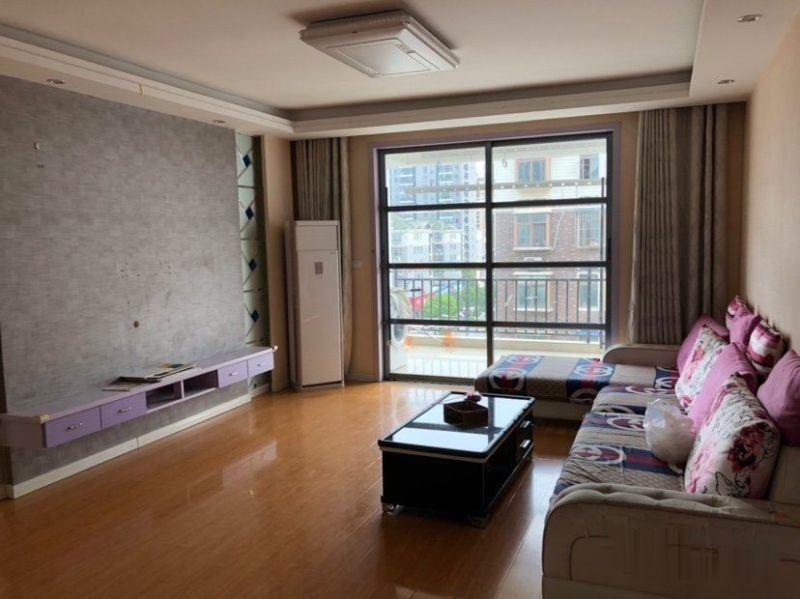城南中心地段中装大三房单价4700 房东急售 接受按揭