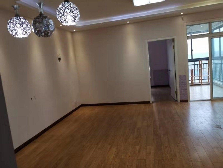 三丰鼎城65平精装小户型,钥匙在手看房方便,仅售39万!