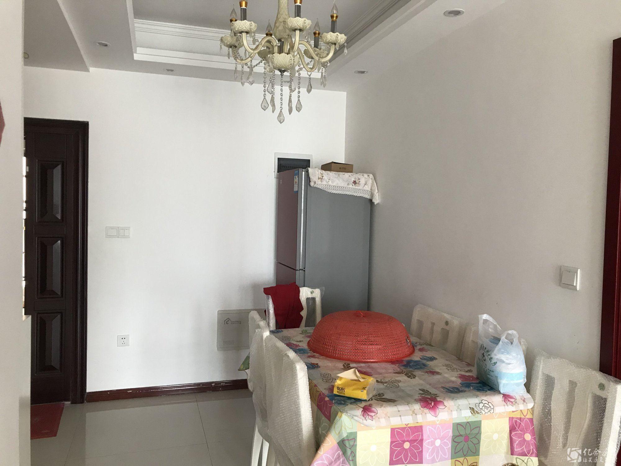 沃尔玛旁 杜柳还建房精装修2室一厅 家电齐全 可以拎包入住