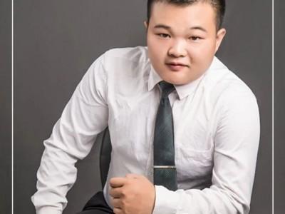 不经历风雨 怎么见彩虹——专访亿合地产中央华府店刘川