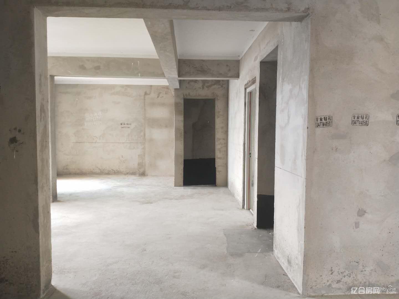 精品好房,楼层好,视野广,现代森林国际城3室2厅2卫南北!